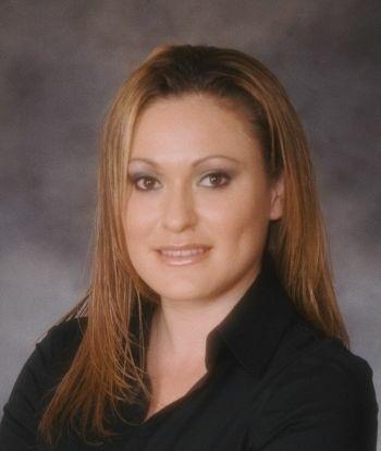 Veronica Fernandez, REALTOR in Pinole, Windermere