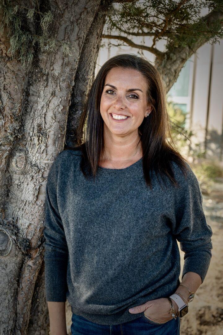 Maya Crelan Ray, REALTOR® in Santa Cruz, David Lyng Real Estate