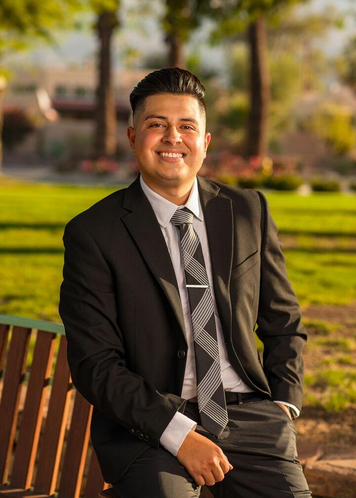 Omar Gallardo, REALTOR® in Palm Desert, Windermere