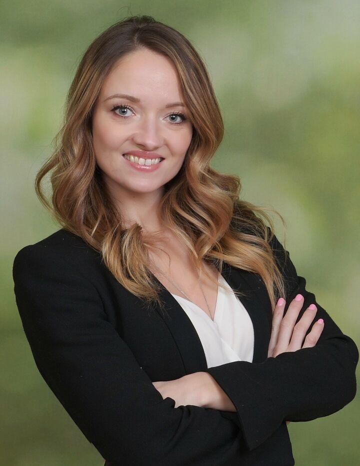Rebecca Schlack,  in Bellevue, Windermere