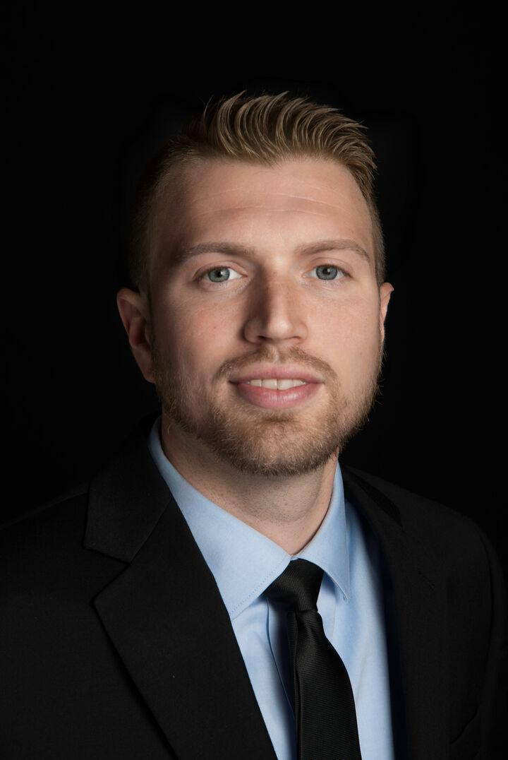 Brenan Estes,  in Lutz, Dennis Realty & Investment Corp.