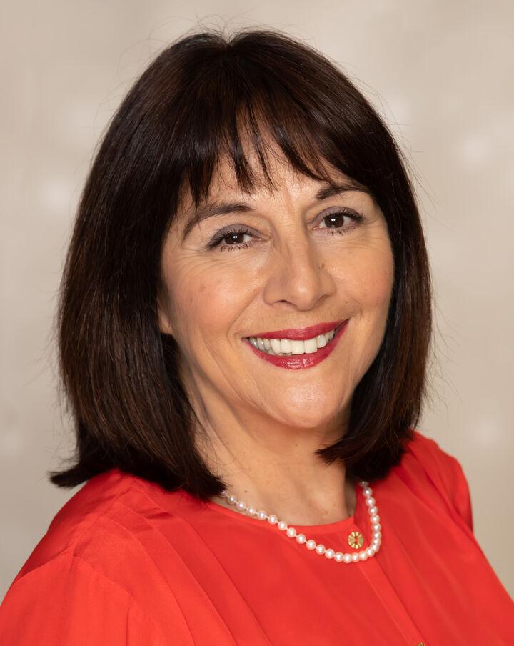 Claudia Colwell,  in Pleasanton, Sereno Group