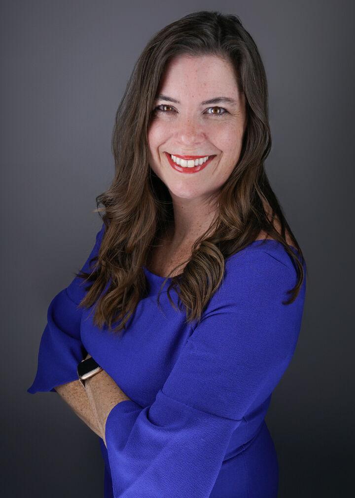 Sharon Kimont,  in Los Altos, Sereno