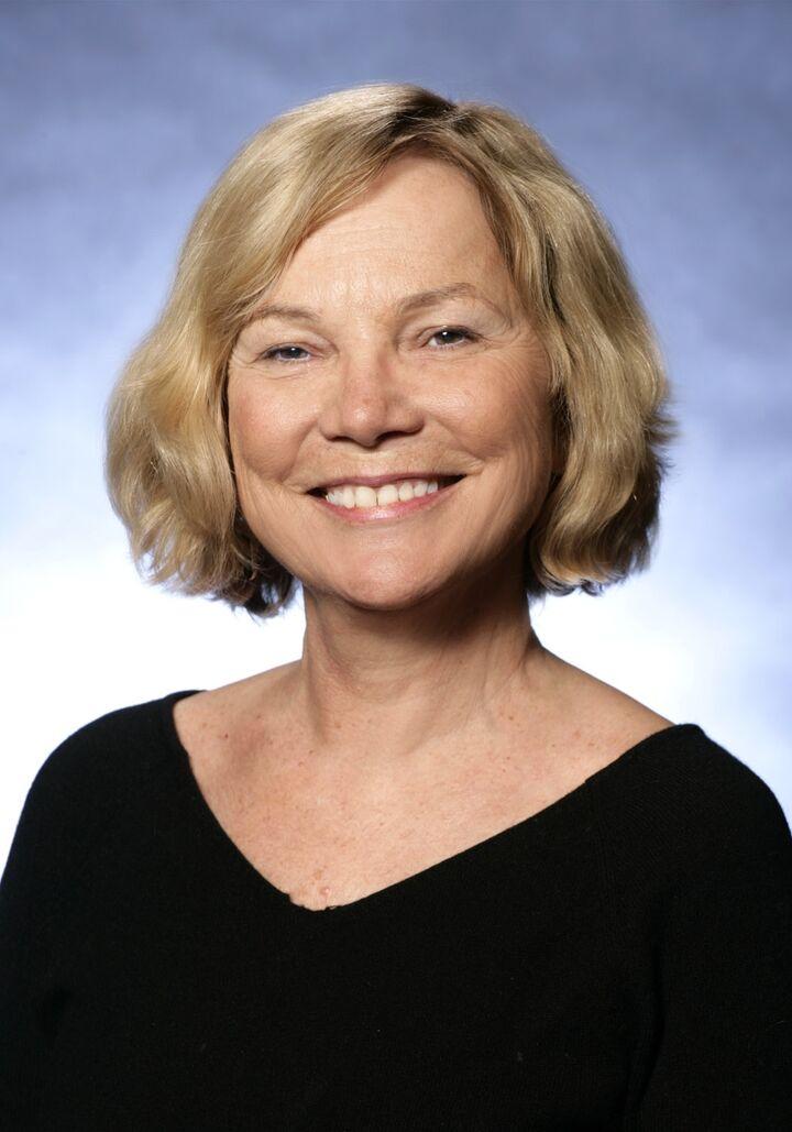 Valerie Whelan, Broker - Licensed in Oregon in Lake Oswego, Windermere