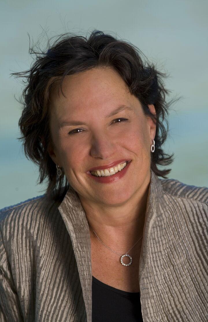 Lauren Davee, Managing Broker in Bainbridge Island, Windermere