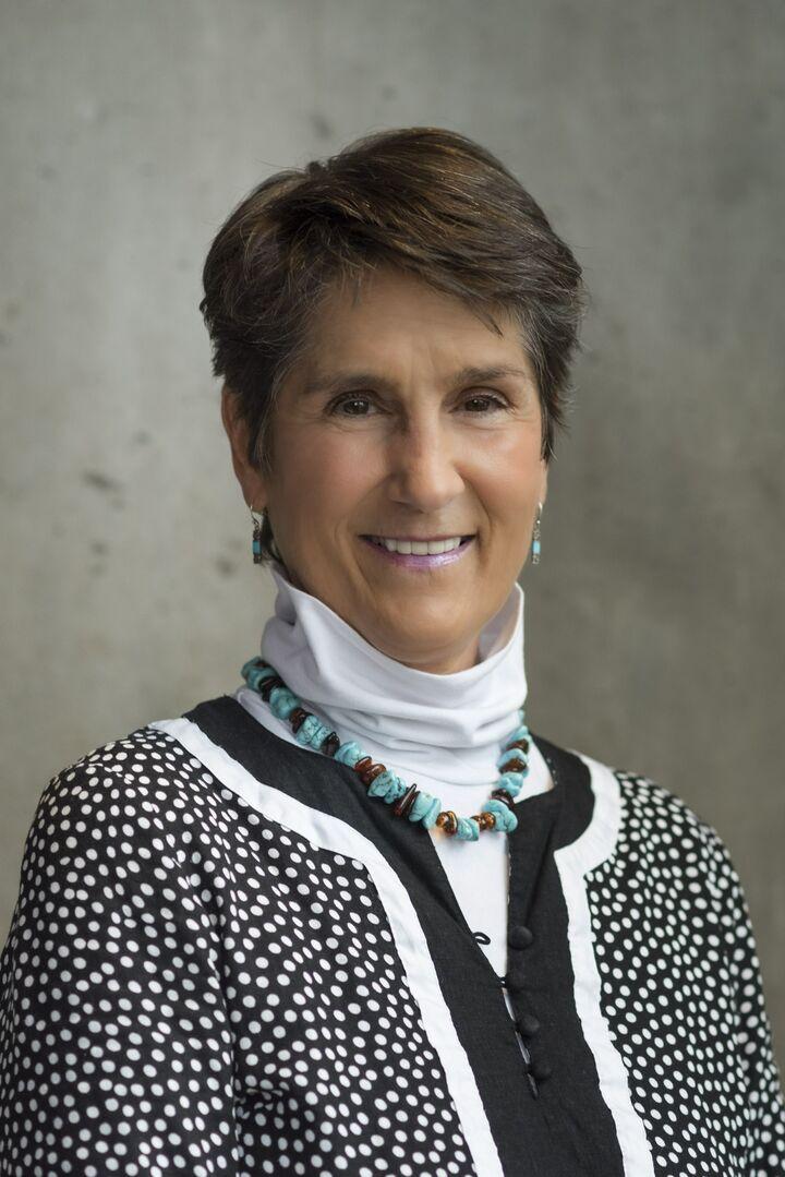 Marnee Grzebien, Sales Associate in Narragansett, Mott & Chace Sotheby's International Realty