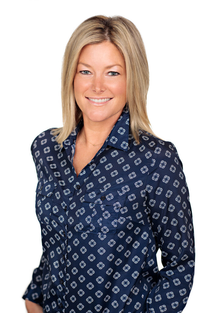 Elle Phillips , BROKER-IN-CHARGE in Kailua-Kona, Windermere