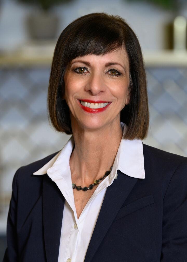 Deborah Sullivan, Licensed Real Estate Agent in Carmel, BHHS Indiana Realty