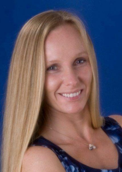 Lori A. Henbest,  in Kailua-Kona, Windermere