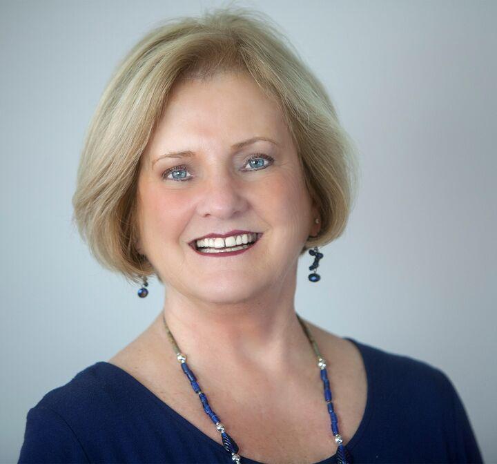 Susan Pitarro, Realtor Broker in Bend, Windermere