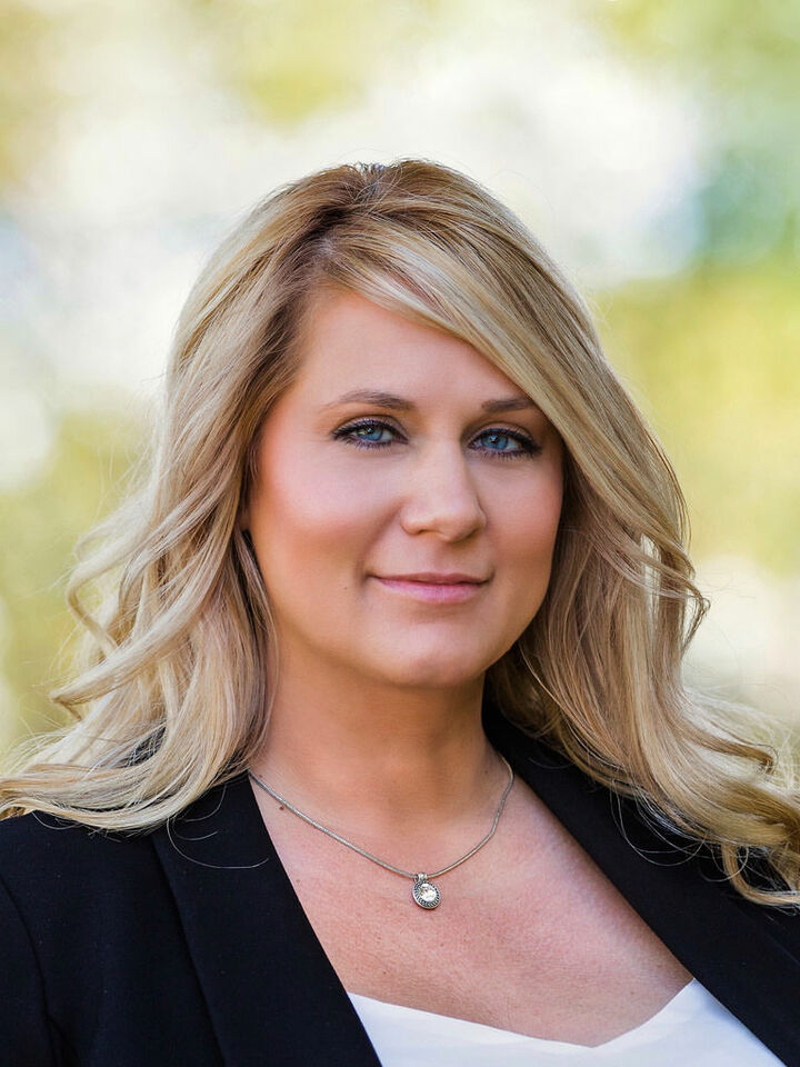 Wendy Carlton, REALTOR® in Waynesboro, Kline May Realty