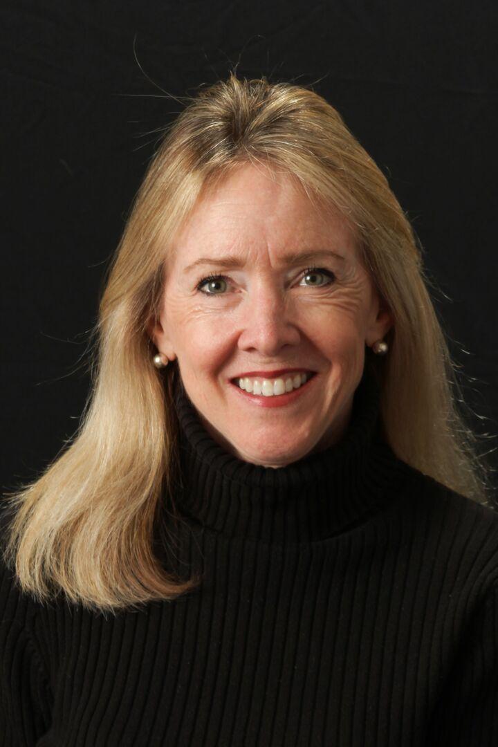 Beth Yohe, Sales Associate in Doylestown, Weidel Real Estate