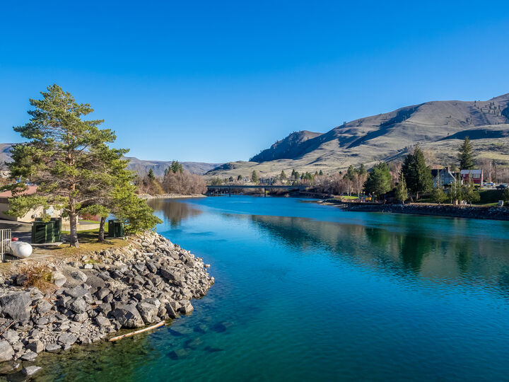 Lake Chelan - Main, Chelan, Windermere